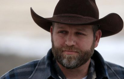Darr and Dorothy Moon visit Ammon Bundy and other political prisoners in Nevada