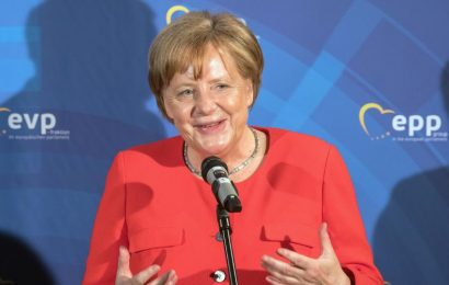 Merkel Calls for EU to Lead the World As It is 'Reorganized'