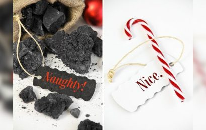 Trump gets all the Christmas gifts this year — the Deep State and Mueller get the coal